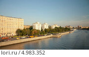 Купить «Прогулка по Москве-реке, таймлапс», видеоролик № 4983352, снято 22 августа 2013 г. (c) Кирилл Трифонов / Фотобанк Лори