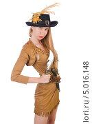 Купить «Женщина-пират с пистолетом и ножом», фото № 5016148, снято 29 июня 2013 г. (c) Elnur / Фотобанк Лори
