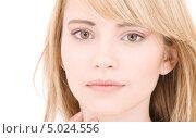 Купить «Юная счастливая девушка со светлыми волосами», фото № 5024556, снято 3 января 2009 г. (c) Syda Productions / Фотобанк Лори