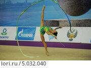 Гимнастка с лентой (2013 год). Редакционное фото, фотограф Анатолий Дьяков / Фотобанк Лори