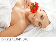 Купить «Расслабленная девушка в салоне красоты», фото № 5041340, снято 8 сентября 2006 г. (c) Syda Productions / Фотобанк Лори