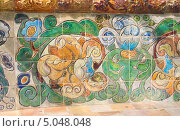Купить «Абрамцево, декоративный фрагмент парковой скамьи Врубеля», эксклюзивное фото № 5048048, снято 29 августа 2013 г. (c) Наталия Шевченко / Фотобанк Лори