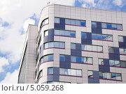 Современное здание в Москве (2012 год). Стоковое фото, фотограф Алёшина Оксана / Фотобанк Лори