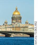 Купить «Исаакиевский собор, Санкт-Петербург», фото № 5063492, снято 13 июля 2013 г. (c) ИВА Афонская / Фотобанк Лори