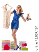 Купить «Модница демонстрирует покупки», фото № 5067164, снято 12 сентября 2012 г. (c) Elnur / Фотобанк Лори