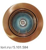 Купить «Потолочный точечный галогенный светильник в коричневой металлической оправе, изолировано на белом фоне», фото № 5101584, снято 26 сентября 2013 г. (c) Игорь Долгов / Фотобанк Лори