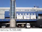 Купить «Москва, третье транспортное кольцо», эксклюзивное фото № 5103440, снято 26 августа 2013 г. (c) Дмитрий Неумоин / Фотобанк Лори