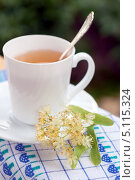 Чашка чая с липой. Стоковое фото, фотограф Трофимова Мария / Фотобанк Лори