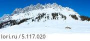 Купить «Панорама зимней горной вершины», фото № 5117020, снято 24 июня 2019 г. (c) Юрий Брыкайло / Фотобанк Лори