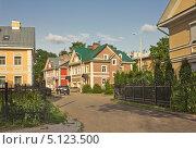 Купить «Новый жилой квартал во Пскове», фото № 5123500, снято 31 мая 2013 г. (c) Валентина Троль / Фотобанк Лори