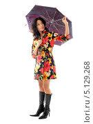 Купить «Девушка в ярком плаще с раскрытым зонтиком», фото № 5129268, снято 20 августа 2006 г. (c) Syda Productions / Фотобанк Лори