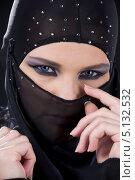 Купить «Ниндзя с закрытым тканью лицом», фото № 5132532, снято 1 июля 2008 г. (c) Syda Productions / Фотобанк Лори