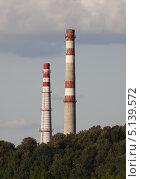 Промышленные трубы. Стоковое фото, фотограф Dmitry Rumyntsev / Фотобанк Лори