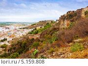 Купить «Вид на заброшенный замок и город. Sagunto», фото № 5159808, снято 26 августа 2013 г. (c) Яков Филимонов / Фотобанк Лори