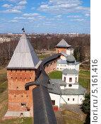 Купить «Новгородский Кремль в солнечный день», фото № 5161416, снято 2 мая 2013 г. (c) Алексей Кокоулин / Фотобанк Лори