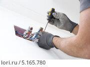 Коммутация электрической коробки. Стоковое фото, фотограф Владимир Ворона / Фотобанк Лори