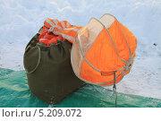 Купить «Парашют учебный Д-1-5У распущенный в парашютной сумке», фото № 5209072, снято 17 октября 2013 г. (c) Иван Тимофеев / Фотобанк Лори