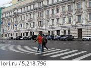 Купить «Москва, улица Лубянский проезд», эксклюзивное фото № 5218796, снято 28 сентября 2013 г. (c) Дмитрий Неумоин / Фотобанк Лори