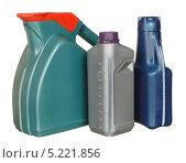 Купить «Пластиковые бутылки с автомобильным маслом», фото № 5221856, снято 29 июля 2011 г. (c) Наталья Аксёнова / Фотобанк Лори