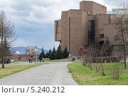 Купить «Музейный выставочный центр. Красноярск.», эксклюзивное фото № 5240212, снято 1 мая 2013 г. (c) Светлана Попова / Фотобанк Лори