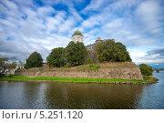 Купить «Выборгский замок.Замковый остров», фото № 5251120, снято 28 сентября 2013 г. (c) Геннадий Соловьев / Фотобанк Лори