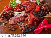 Купить «Мясо и колбасы», фото № 5262196, снято 30 августа 2012 г. (c) Jan Jack Russo Media / Фотобанк Лори