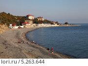 Пляж на Широкой балке под Новороссийском (2013 год). Редакционное фото, фотограф Валерий Князькин / Фотобанк Лори