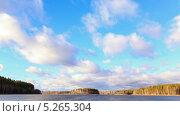 Купить «Дождевые облака над озером, таймлапс», видеоролик № 5265304, снято 13 ноября 2013 г. (c) Никита Майков / Фотобанк Лори
