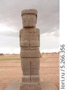 Купить «Древняя скульптура в храме Каласасайя, Тиуанако, Боливия», фото № 5266356, снято 8 сентября 2013 г. (c) Жукова Юлия / Фотобанк Лори