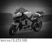 Мотоцикл (2013 год). Редакционное фото, фотограф Братчук Геннадий / Фотобанк Лори