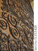 Купить «Ворота Нотр-Дама, Париж, Франция», фото № 5313820, снято 20 августа 2013 г. (c) Дарья Кравченко / Фотобанк Лори