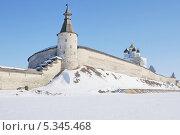 Псковский кремль (2013 год). Редакционное фото, фотограф stargal / Фотобанк Лори