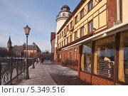 Купить «Калининград. Кафе на набережной», эксклюзивное фото № 5349516, снято 8 декабря 2013 г. (c) Svet / Фотобанк Лори