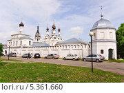 Купить «Свято Благовещенский мужской монастырь (Муром)», эксклюзивное фото № 5361660, снято 26 мая 2013 г. (c) Алёшина Оксана / Фотобанк Лори