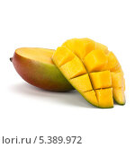 Купить «Спелое манго на белом фоне», фото № 5389972, снято 26 мая 2011 г. (c) Natalja Stotika / Фотобанк Лори