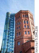 Купить «Водонапорная башня. Музей воды Санкт-Петербурга», эксклюзивное фото № 5394236, снято 12 октября 2013 г. (c) Александр Щепин / Фотобанк Лори