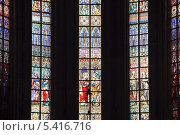 Купить «Бельгия. Брюссель. Витражи в церкви Нотр-Дам-дю-Саблон», эксклюзивное фото № 5416716, снято 7 октября 2013 г. (c) Александр Тарасенков / Фотобанк Лори