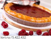 Малиновый пирог со свежей малиной. Стоковое фото, фотограф Денис Афонин / Фотобанк Лори