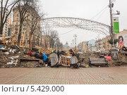 Купить «Баррикады на улицах Киева, Украина», фото № 5429000, снято 19 декабря 2013 г. (c) Алексей Сергеев / Фотобанк Лори