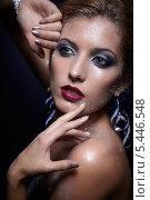 Купить «Портрет женщины с вечерним макияжем и блестками», фото № 5446548, снято 10 ноября 2013 г. (c) Serg Zastavkin / Фотобанк Лори