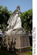 Купить «Памятник Жанне Д`Арк», фото № 5452756, снято 28 июня 2010 г. (c) Вячеслав Потапов / Фотобанк Лори
