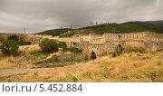 Купить «Западные ворота, крепость Нарым Кале», фото № 5452884, снято 4 августа 2013 г. (c) Вячеслав Потапов / Фотобанк Лори