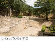 Купить «Внутренний двор», фото № 5452912, снято 5 августа 2013 г. (c) Вячеслав Потапов / Фотобанк Лори