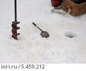 Купить «Зимняя рыбалка», фото № 5459212, снято 16 марта 2013 г. (c) Петр Ермаков / Фотобанк Лори