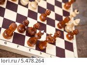 Купить «Шахматная партия», фото № 5478264, снято 23 ноября 2013 г. (c) Кекяляйнен Андрей / Фотобанк Лори