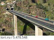 Купить «Остров Мадейра. Мост», фото № 5478548, снято 6 декабря 2013 г. (c) Галина Савина / Фотобанк Лори