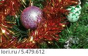 Купить «Новогодняя елка крупным планом», видеоролик № 5479612, снято 13 января 2014 г. (c) Андрей Некрасов / Фотобанк Лори