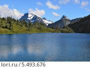 Британская Колумбия, Канада, M Gurr Lake, Bella Coola. Стоковое фото, фотограф Galina Vydryakova / Фотобанк Лори