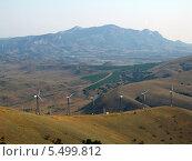 Ветряная электростанция. Стоковое фото, фотограф Сергей /Томилов / Фотобанк Лори