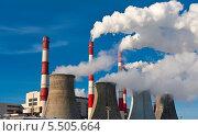 Купить «Трубы и градирни ТЭЦ», фото № 5505664, снято 7 января 2011 г. (c) Алексей Попов / Фотобанк Лори